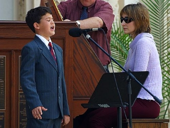 Singing Boy from http://www.public-domain-photos.com